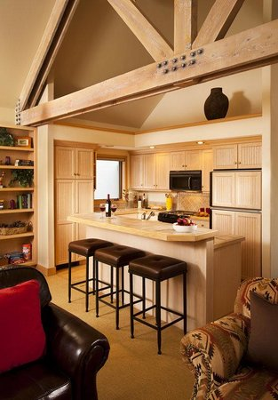 The Pines Lodge, A RockResort: Pines Twnhm Kitchen V