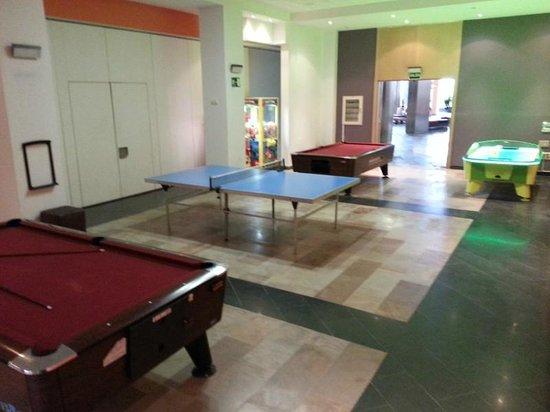 Geranios Suites & Spa : Zona de juegos