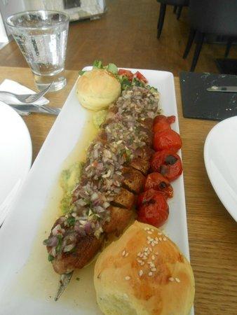 Mjam : Pork tenderloin with avocado