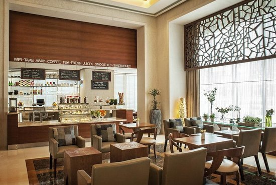 Four Points by Sheraton Sheikh Zayed Road, Dubai: Family Room Lobby Lounge