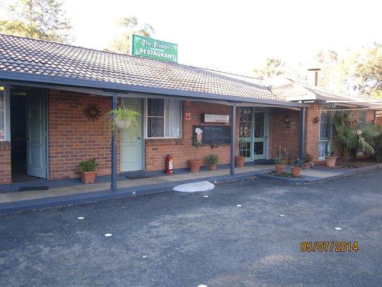 Matthew Flinders Motor Inn: Front