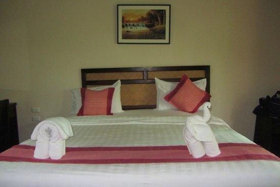 Grand Manita Beach Resort: the bed