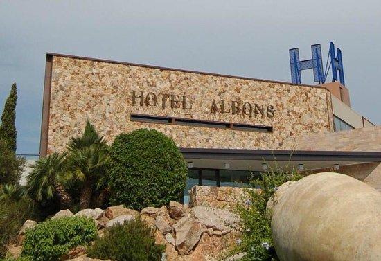 호텔 알본스