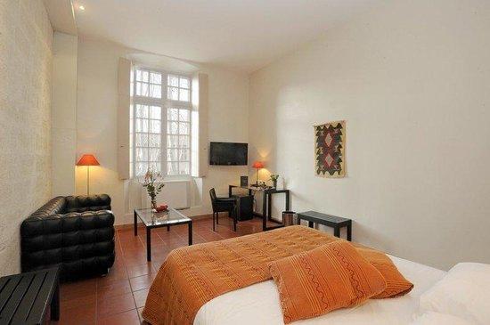 Hotel Cloitre Saint Louis : Exclusive Room