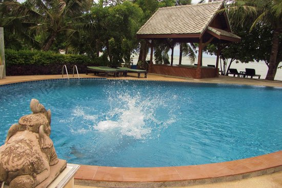 Grand Manita Beach Resort : cool swimmingpool