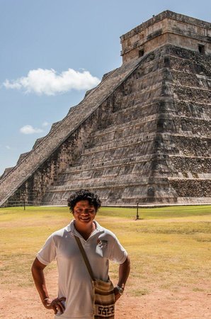 Mayans' Explorers: Our guide Maurish :-) thanks for the great day!