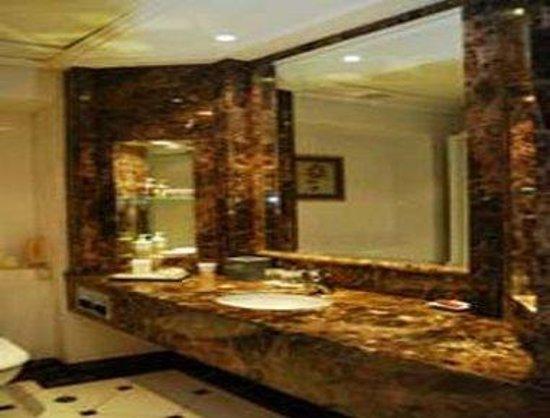 BEST WESTERN PLUS Hotel Hong Kong: Vanity