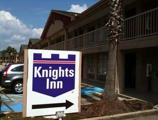 Knights Inn Baton Rouge: Exterior