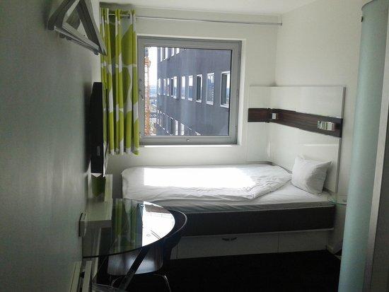 Wakeup Copenhagen Carsten Niebuhrs Gade: Small rooms