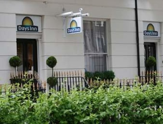 Days Inn London Hyde Park: Exterior View