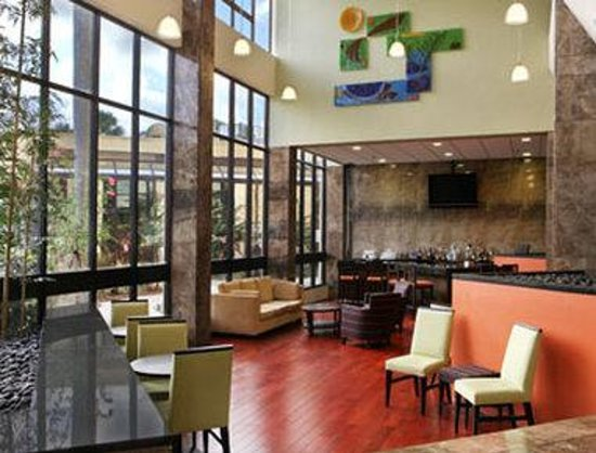 Holiday Inn Miami West - Hialeah Gardens: Lobby Bar