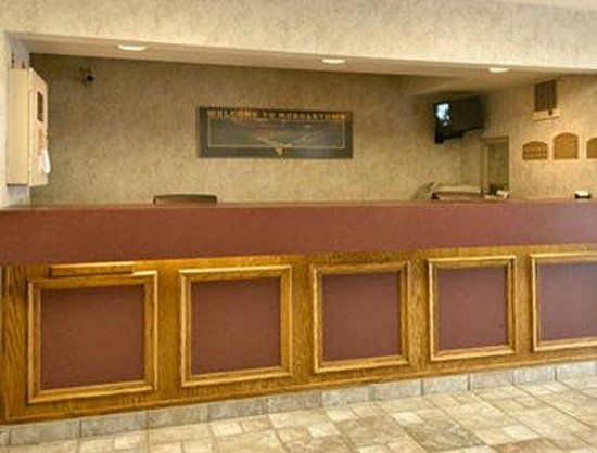 Super 8 Morgantown: Lobby