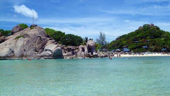 Koh Nang Yuan: uno dei due lati della spiaggia corallina