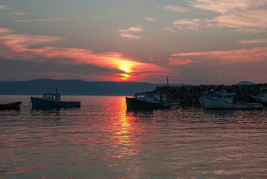 Two Tittle B&B: sunset