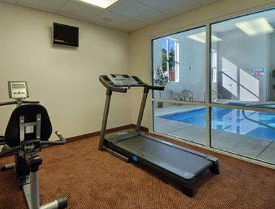 Super 8 Salina: Fitness Center