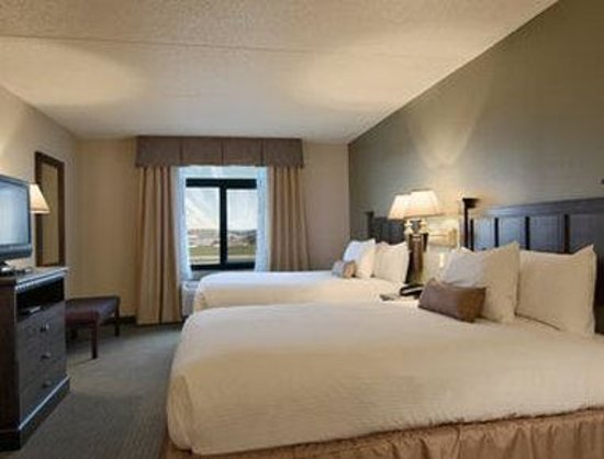 Wingate by Wyndham Peoria : Standard Two Queen Bed Room