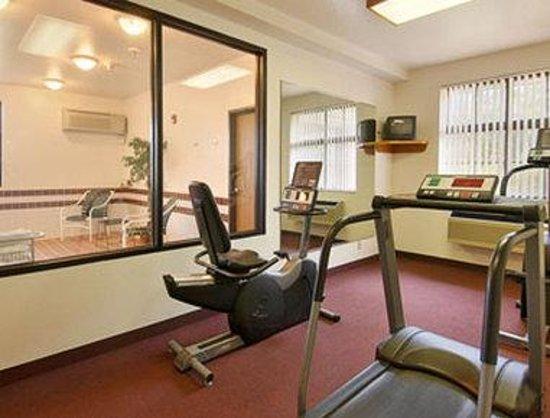 Super 8 Prince Frederick: Fitness Centre