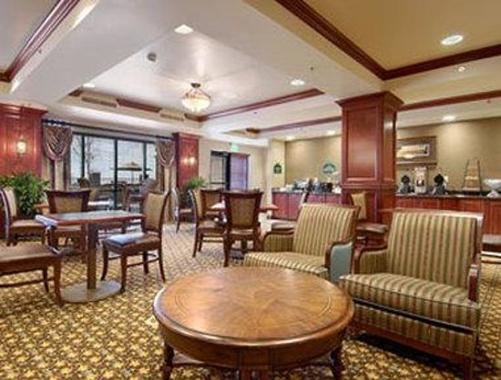 Wingate by Wyndham Columbia / Lexington: Breakfast Area