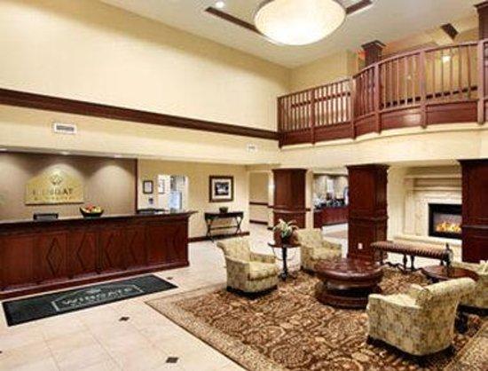 Wingate by Wyndham Charleston University Boulevard: Lobby