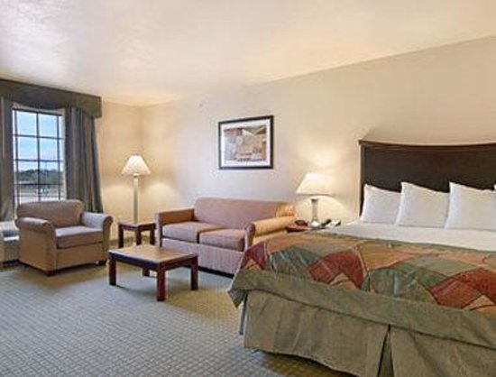 Photo of Baymont Inn & Suites Wichita Falls