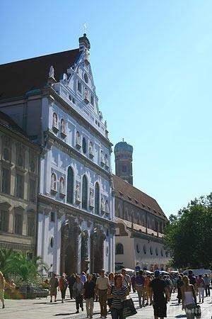 Michaelskirche: ミヒャエル教会