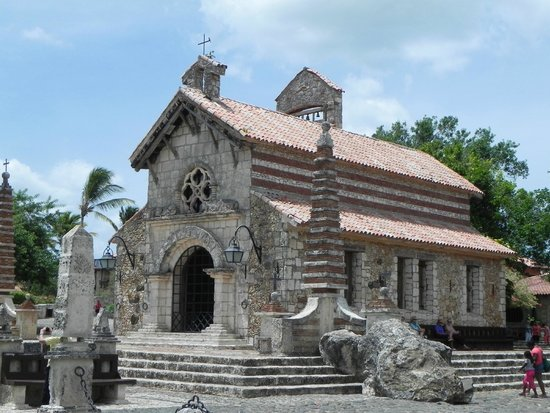 Altos de Chavon: St. Stanislaus Church