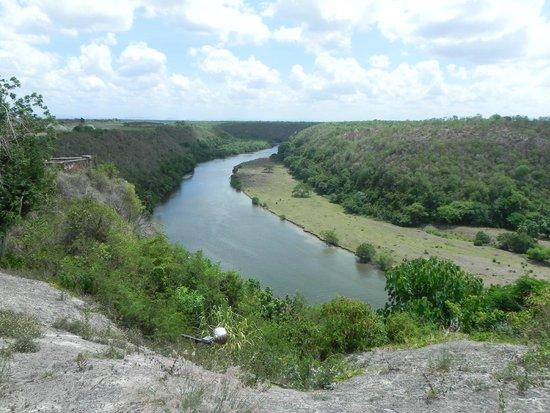 Altos de Chavon: Rio Chavon