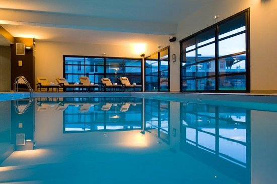 Ferrieres-en-Brie, France: Indoor Pool