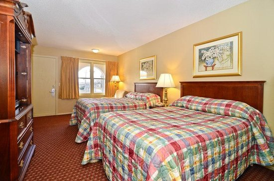 Americas Best Value Inn Chillicothe: Two Double Beds