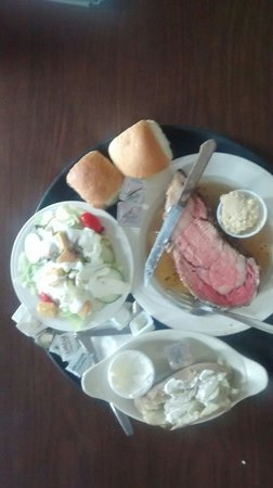 Shifters Restaurant: Prime rib...Friday and Saturday