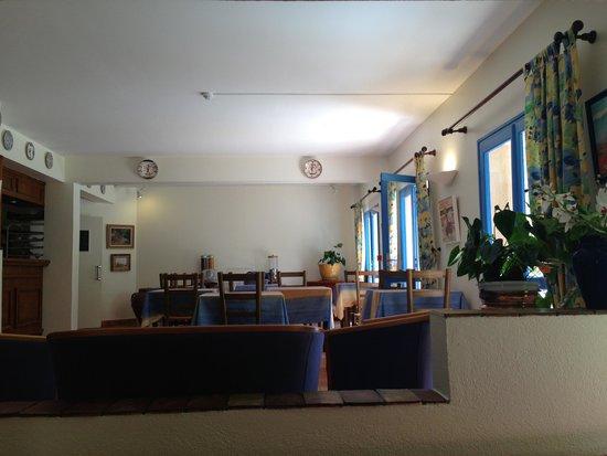 Hotel du Grand Jardin de Cassis: Lobby (wifi access)