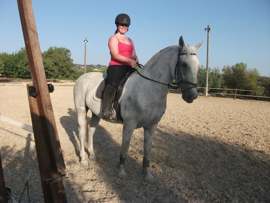 Amargeti Equestrian Club : Me on the lovely Bobalina