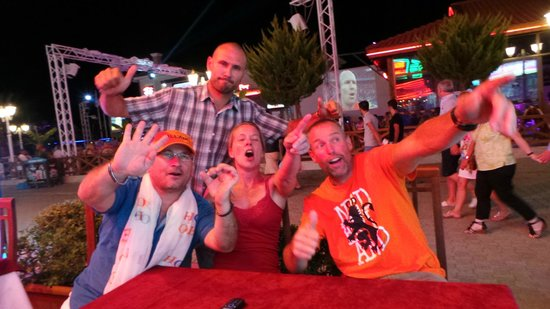 Hamish McTurk-Tours : Cheering for the Dutch football team during the World Cup 2014