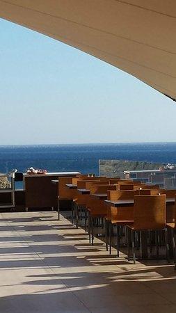 Sentido Mikri Poli Crete: le restaurant terrasse