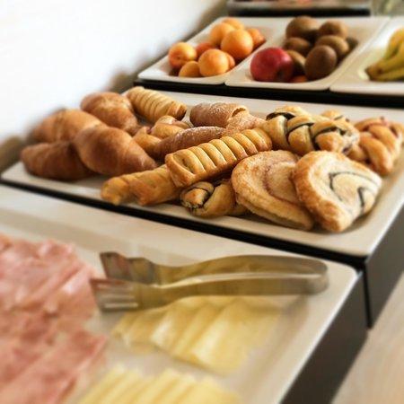 Janas Hotel: Colazione a buffet