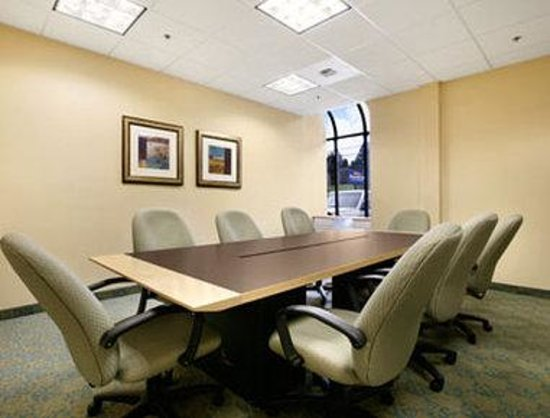 Baymont Inn & Suites Bremerton WA : Meeting Room