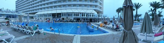 ClubHotel Riu Oliva Beach Resort: main hotel pool