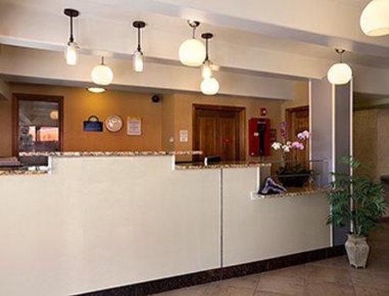 Days Inn Denver Downtown : Lobby