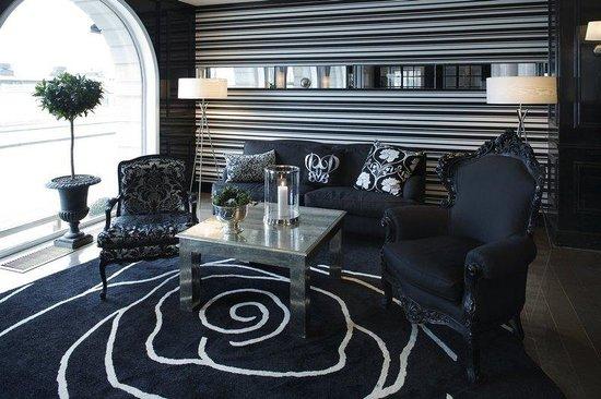 First Hotel Reisen: Lobby