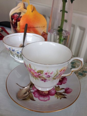 Betty Bumbles Vintage Tea Rooms: Lovely china.