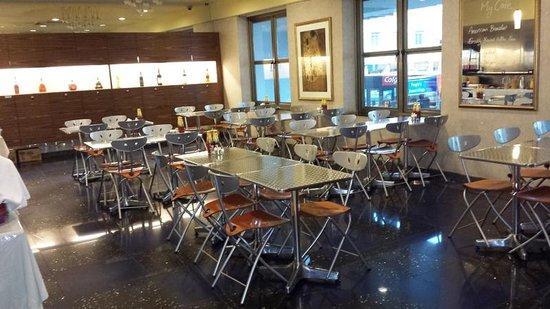 Classique Hotel : Restaurant