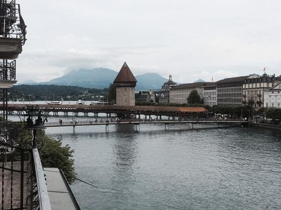 Hotel des Balances: vue depuis notre terrasse