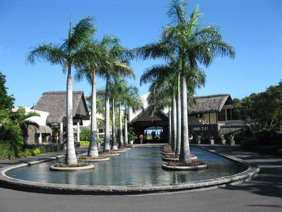 Maritim Resort & Spa Mauritius : Entrance to hotel
