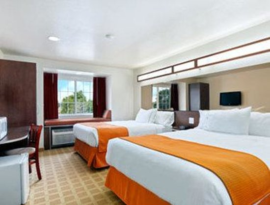Microtel Inn & Suites by Wyndham Cheyenne: Queen/Double Room