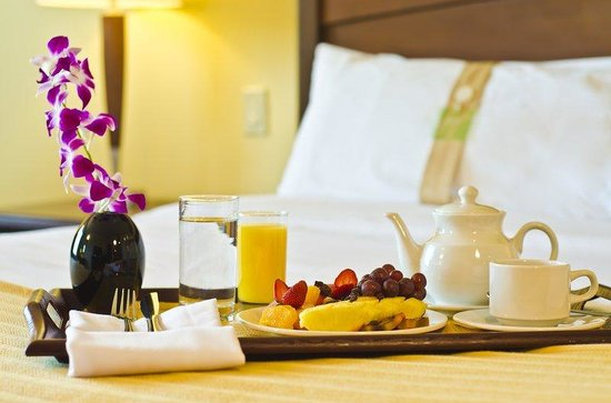 Holiday Inn Panama Canal: In-Room Dining