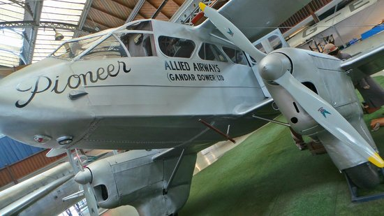 Museum of Science & Industry: An old plane