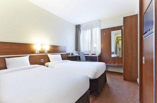 Kyriad Paris Sud - Arcueil Cachan : Twin Room