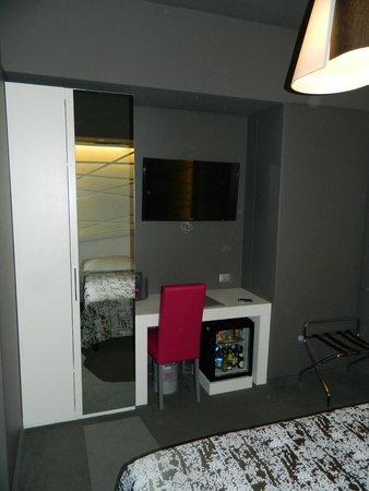 Smart Hotel: Habitacion y tele