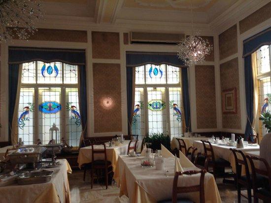 Hotel Europa Splendid: Lovely Jugend breakfast room/restaurant