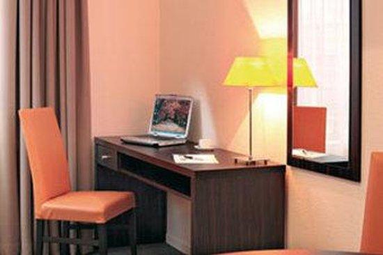 Appart'City Geneve Gaillard: Guest Room